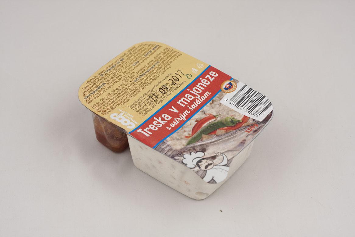 Treska v majonéze s ostrým šalátom